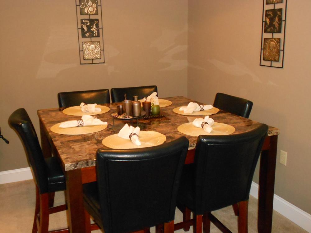 Royal Godiva Marble Dining Group